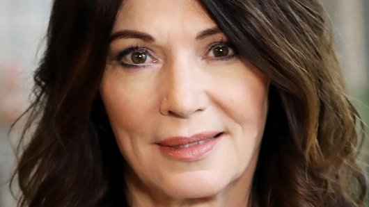 Iris Berben konnte RTL für die Serie Unter Freunden stirbt man nicht gewinnen.