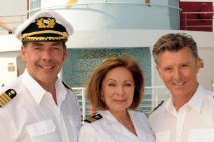 """Seit 2014 hatte Sascha Hehn (l., mit Heide Keller und Nick Wilder"""") das Kommando auf dem """"Traumschiff"""""""