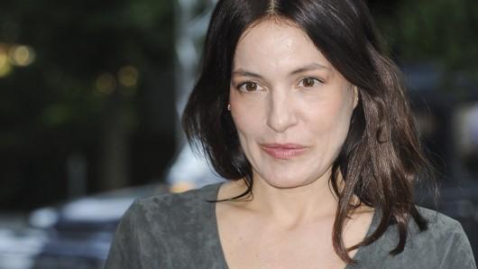 Nicolette Krebitz (45)