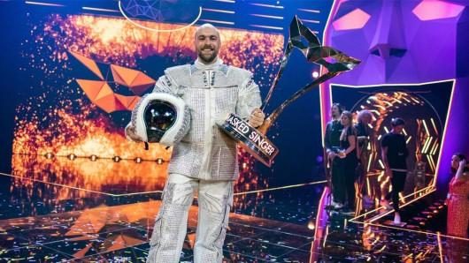 Sieger der ersten Staffel the Masked Singer:  Max Mutzke