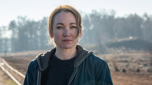 Sarah Kohr ( Lisa Maria Potthoff) im Teufelsmoor.